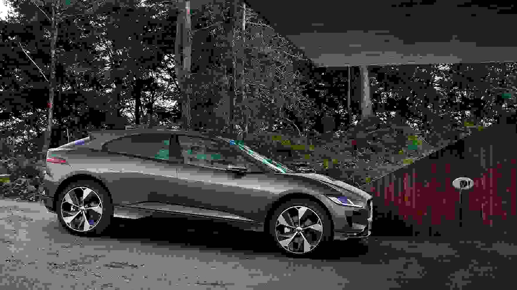 I-Pace S