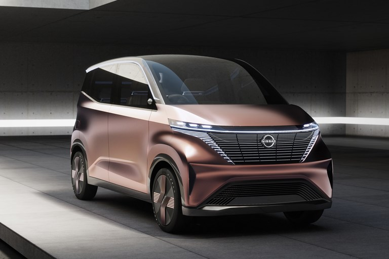 Nissan Unveils Imk Concept Ev for Fashionable Urban Commuters