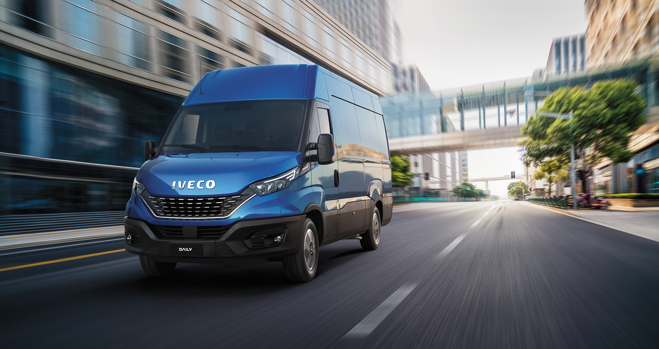 Leading industry publication gets behind the wheel of the New IVECO Daily