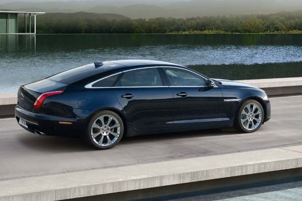 Jaguar XJ Standard Wheelbase Luxury Coupe