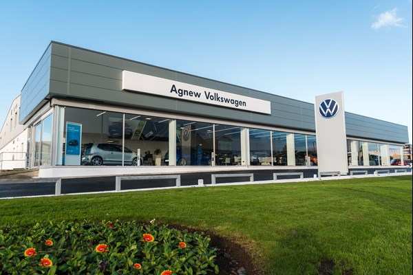 Agnew Volkswagen Belfast New Showroom