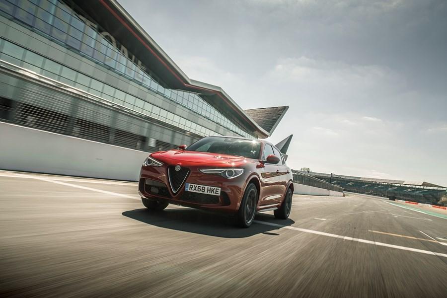 Alfa Romeo Stelvio Quadrifoglio Wins 'Performance SUV' Class at 4x4 Magazine Awards 2020