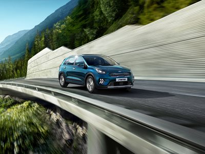 New Niro '3' PHEV 1.6 GDi 8.9kWh lithium-ion 139bhp 6-speed auto DCT Kia - 5.9% APR