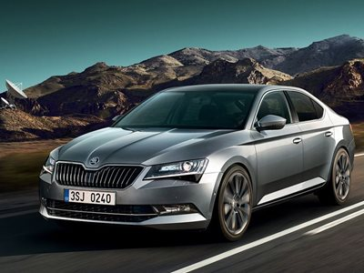Skoda Superb Hatch 2.0 TSI 190 L&K DSG – £4,718.25 Customer Saving