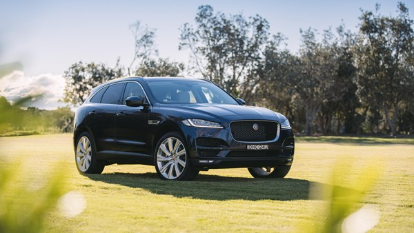 15 Cool Features Of The Jaguar F-PACE SUV