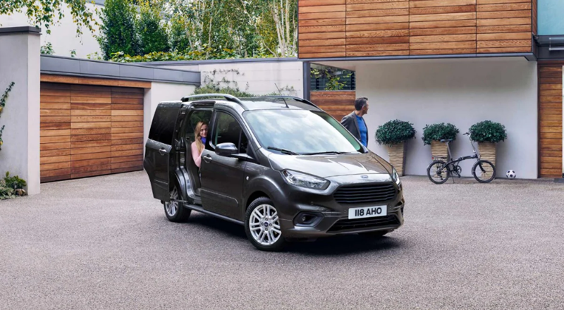 Ford Tourneo Courier Offer