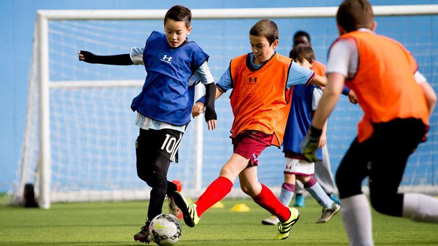 Henri Lansbury Soccer School