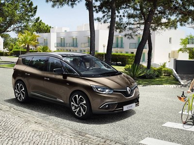 Renault  Grand SCENIC Offers