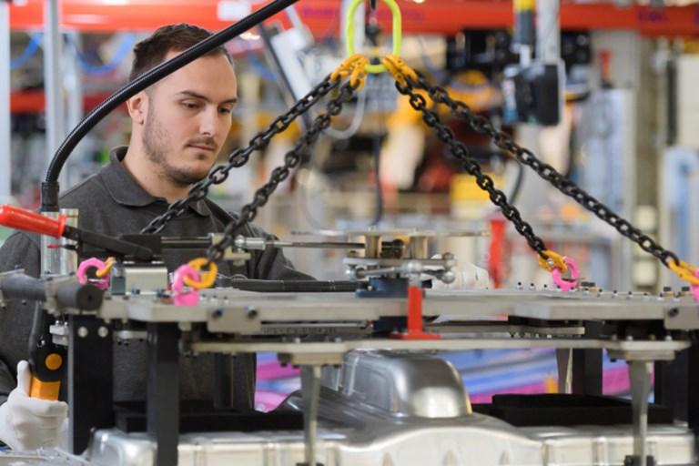 Jaguar Land Rover's plans to resume production