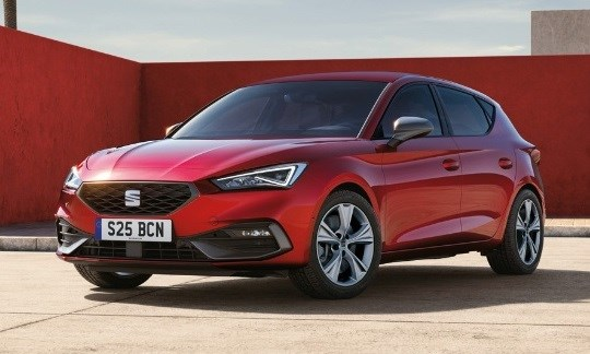 The New SEAT Leon with £1,000 deposit contribution