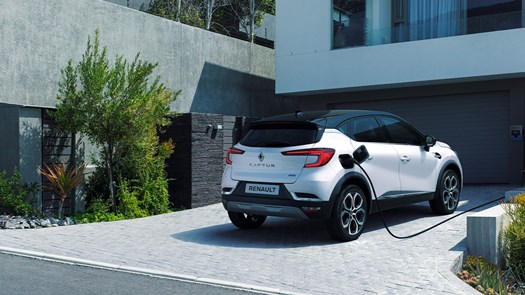 Electric on a grand scale - Startin Renault Worcester