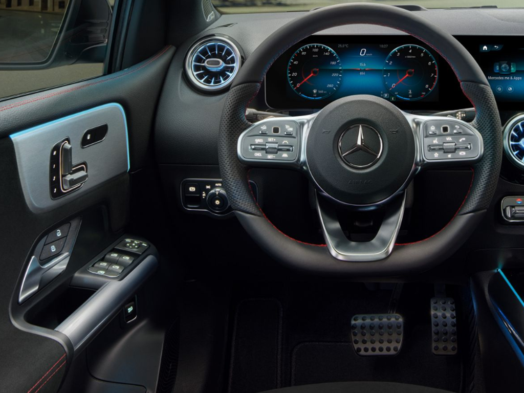 B-Class steering wheel