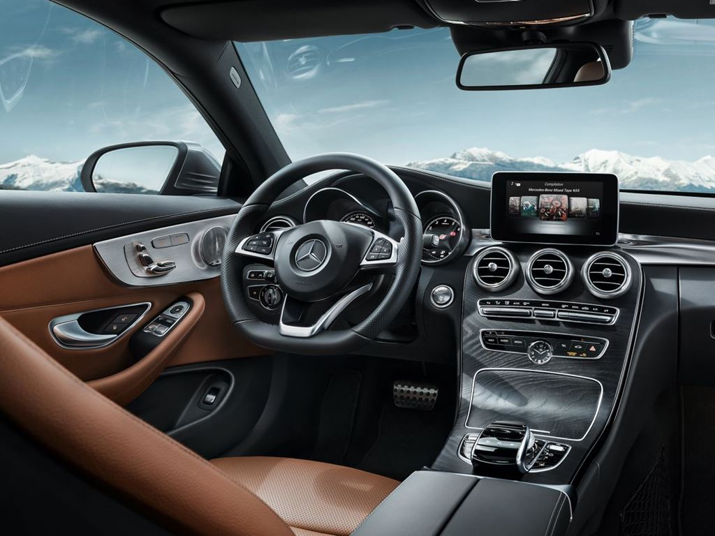 C-Class Coupe Inside