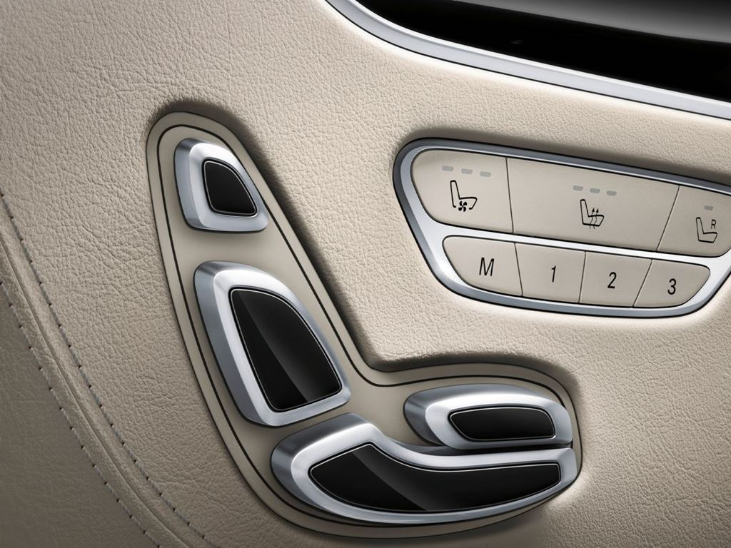 S-Class Coupe Interior seat controls