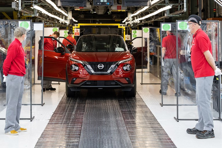 Nissan Sunderland restarts vehicle production