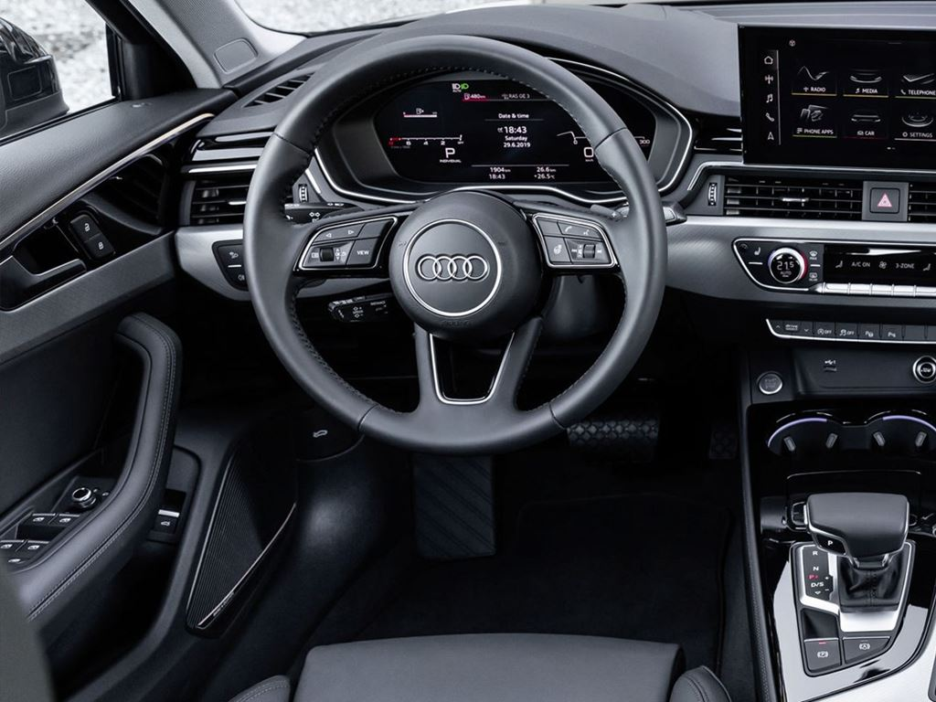 A4 Saloon Front Dashboard