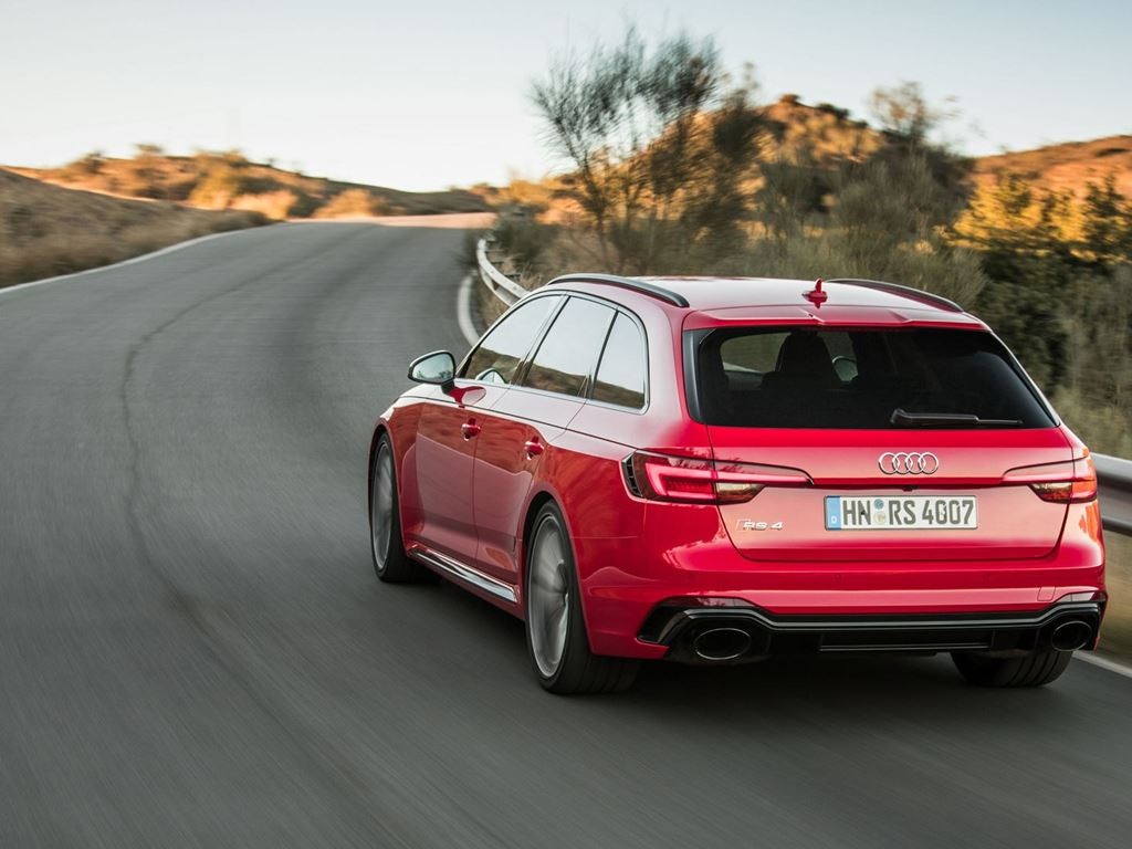 Red RS4 Avant Rear