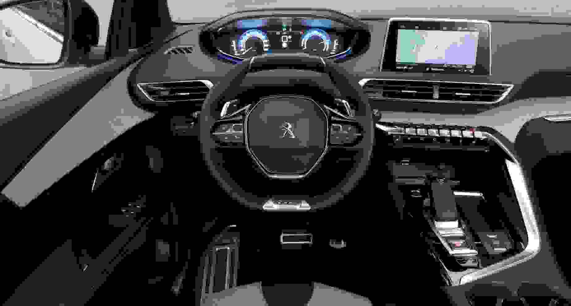 Peugeot 3008 SUV plug in hybrid