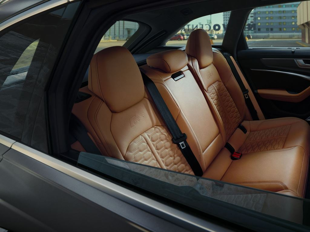 RS6 Avant brown leather interior