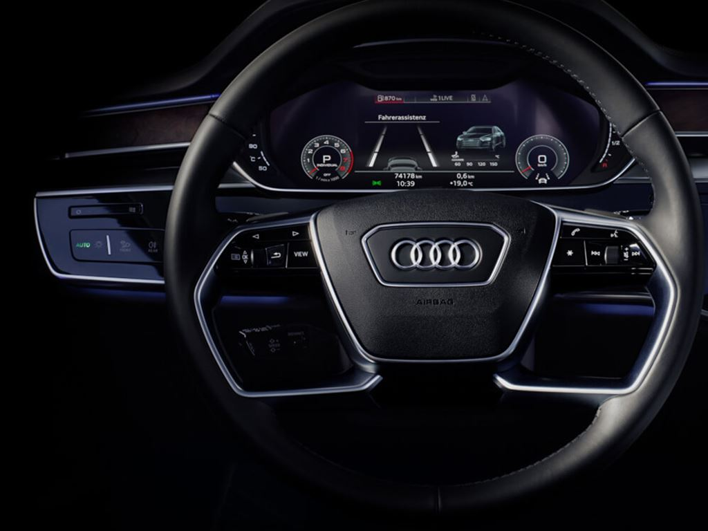 A8 L TFSI e Steering Wheel and Dash