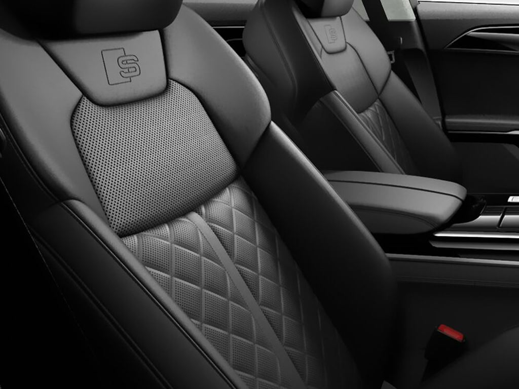 S8 interior seats front