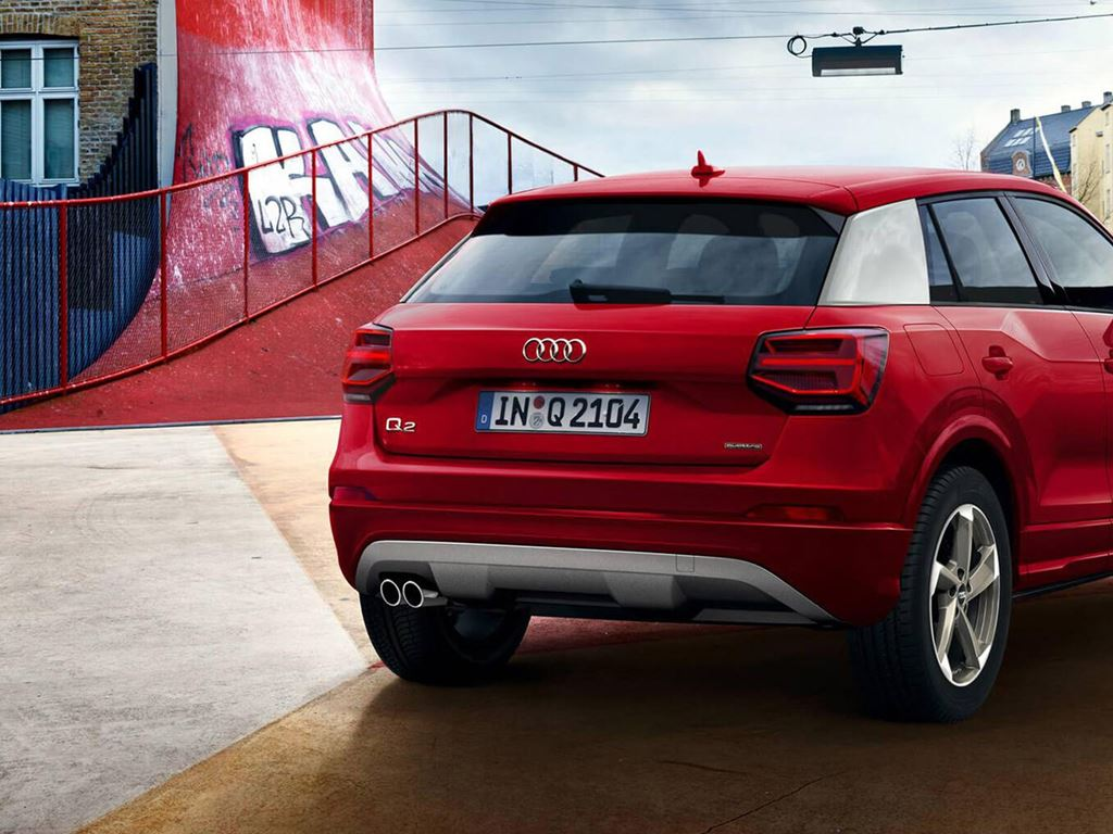rear of red audi q2