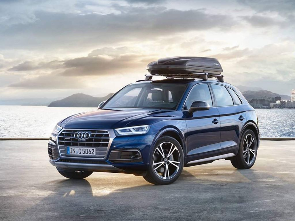 Blue Q5 with Roof Rack