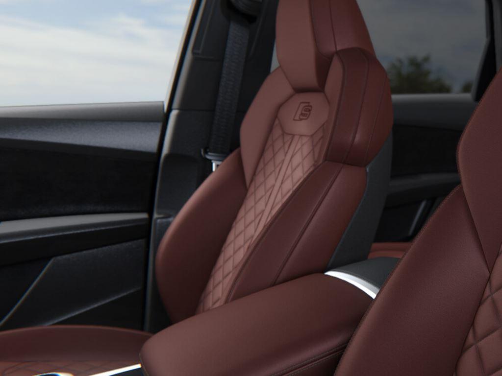SQ7 Interior Seats