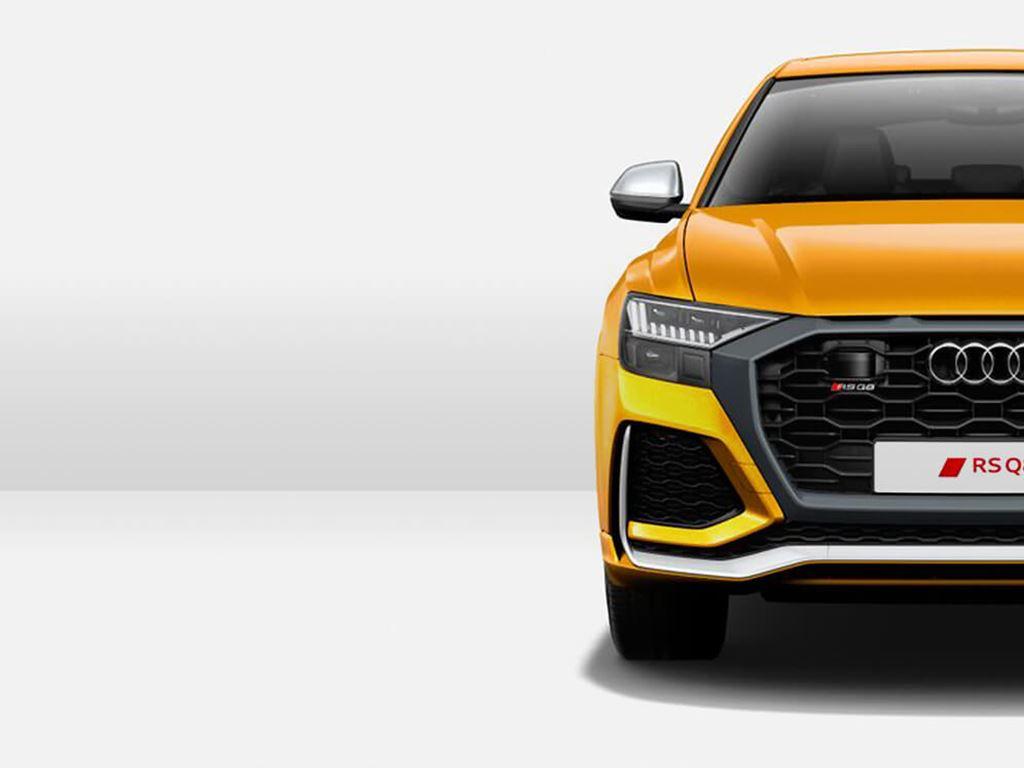 Orange RS Q8 front view