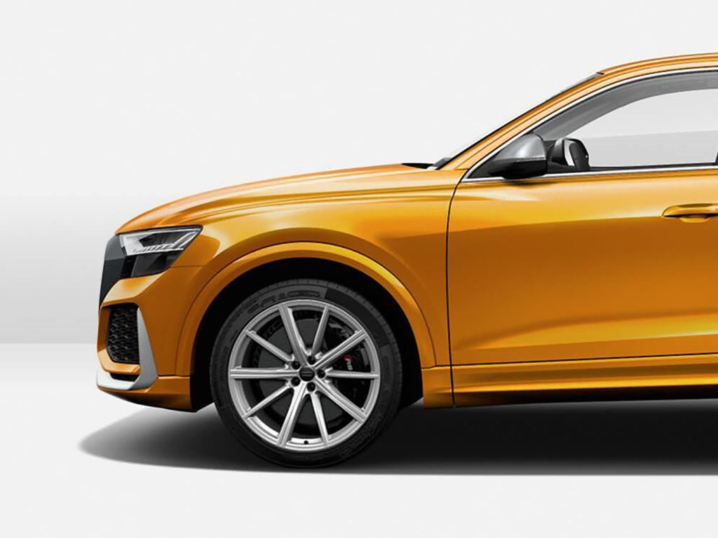 Orange RS Q8 side view