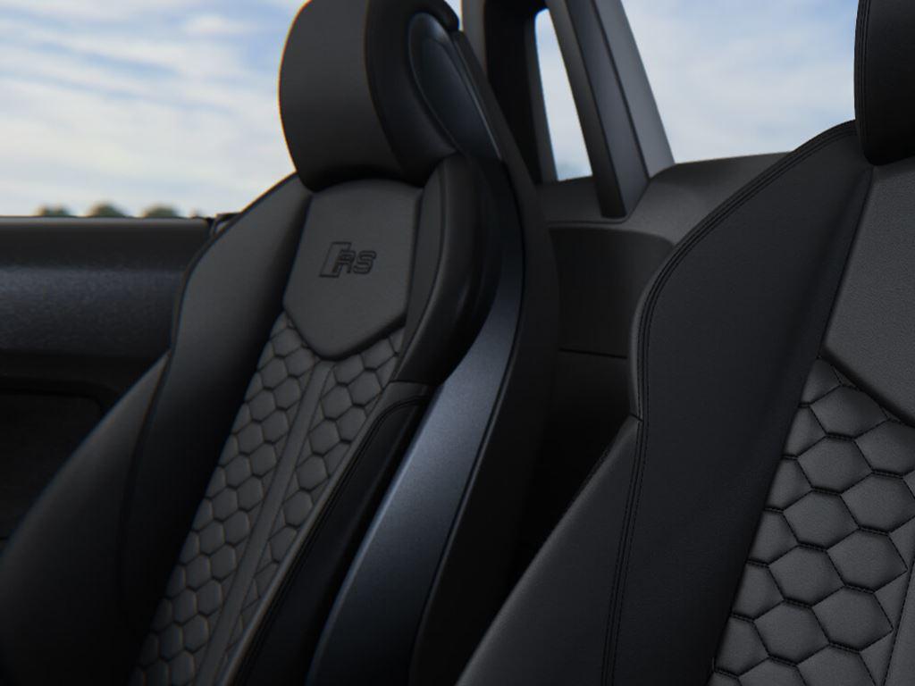 TT RS Roadster Seats