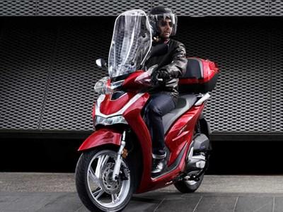 Honda - SH125i + TOP BOX Offers