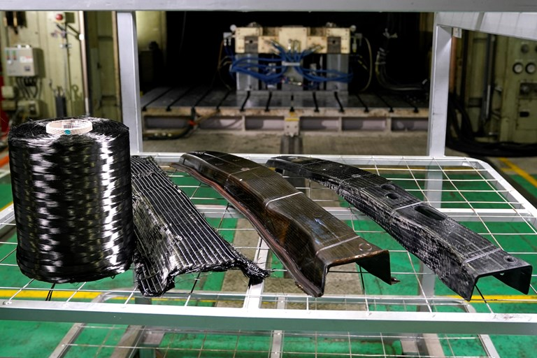 Nissan achieves breakthrough in carbon fibre parts production