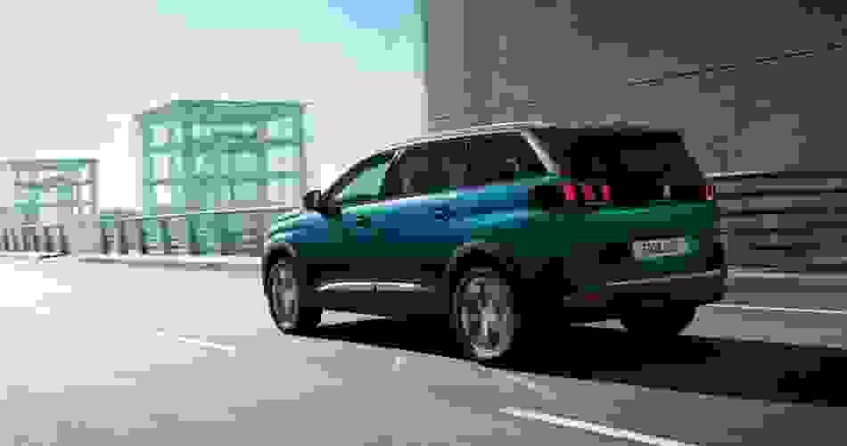 5008 SUV