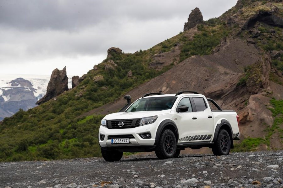 Nissan reveals pricing for new version of its toughest-ever Navara – the OFF-ROADER AT32