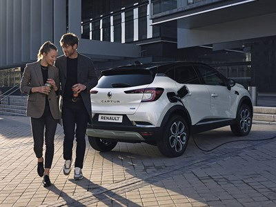 Renault - CAPTUR E-TECH Plug-in Hybrid