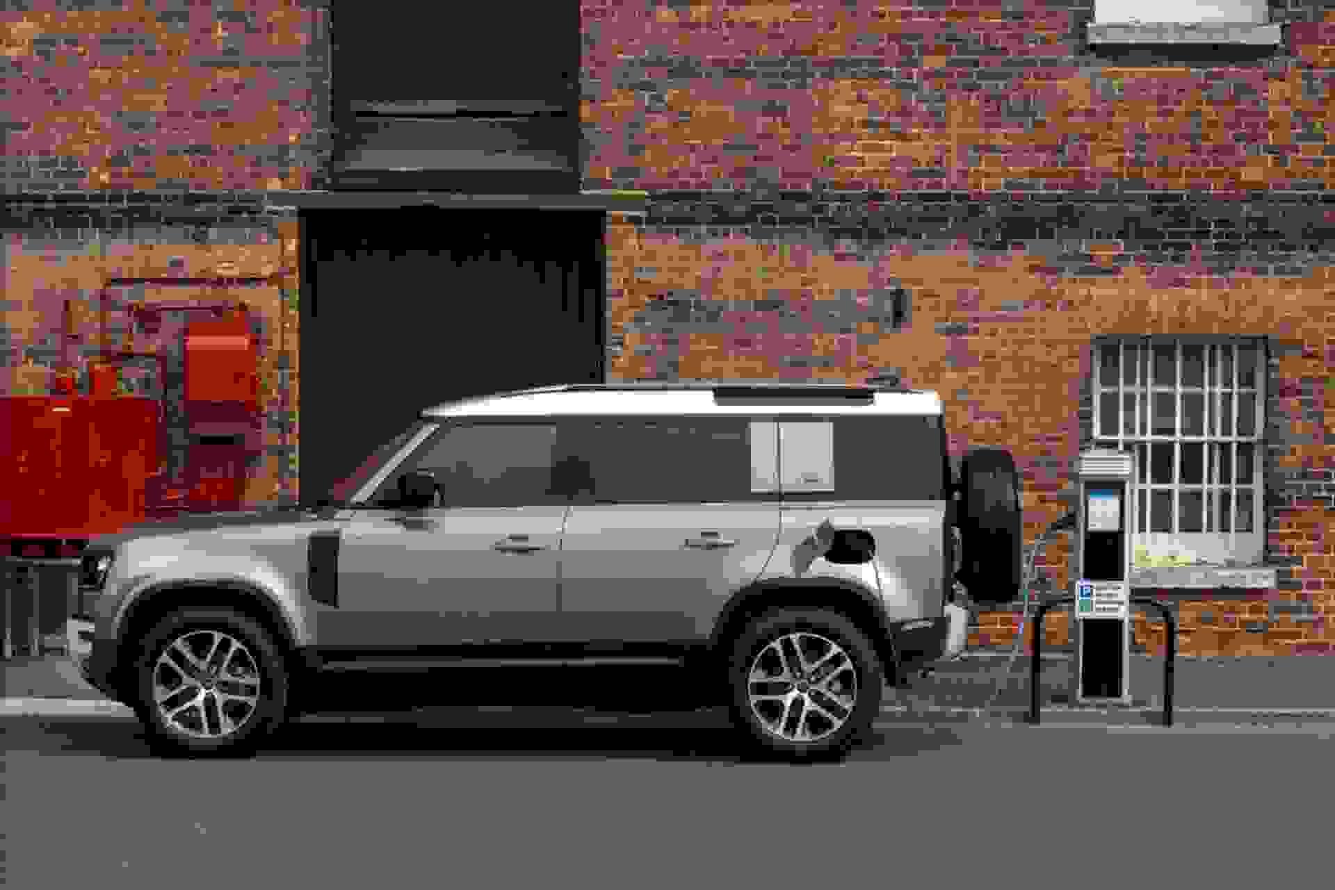 New Land Rover Defender Plug-in Hybrid