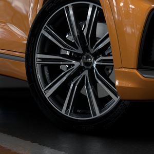 New Audi Q8 TFSI e