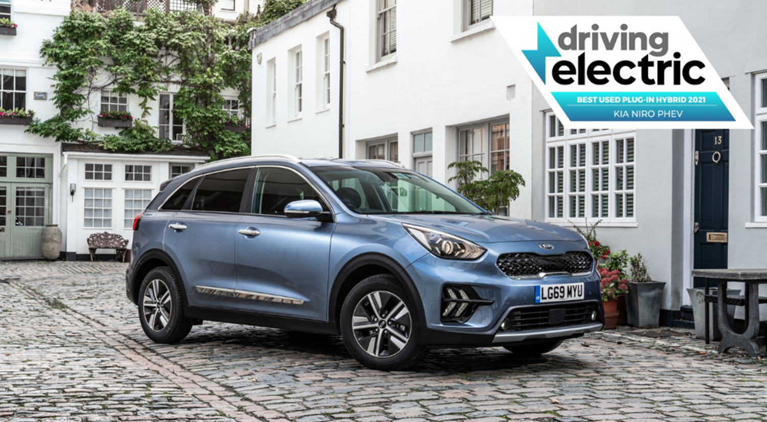 Kia Niro Plug-In Hybrid with DrivingElectric' 'Best Used Plug-in Hybrid' 2021 award
