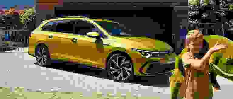 New Volkswagen Golf Estate 8 Life Finance Offer