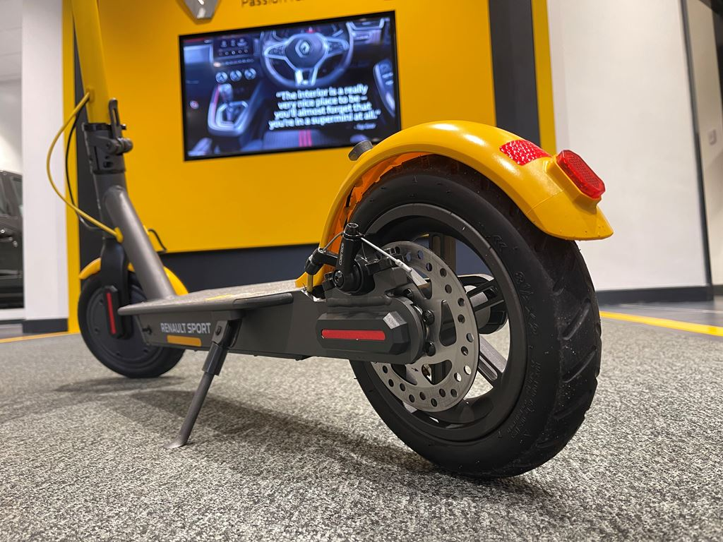 Renault Sport scooter electric - startin Renault Worcester